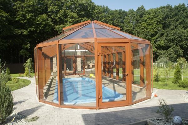 Стеклянный оранжерея в частный жилом доме, Тульская область